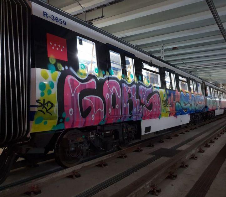 Un vigilante de Metro, apuñalado por un grupo de grafiteros