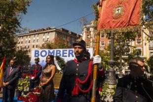 Madrid recuerda a los bomberos de los Amacenes Arias