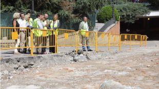 Las excavaciones retrasarán la obra tres meses y aumentarán su presupuesto