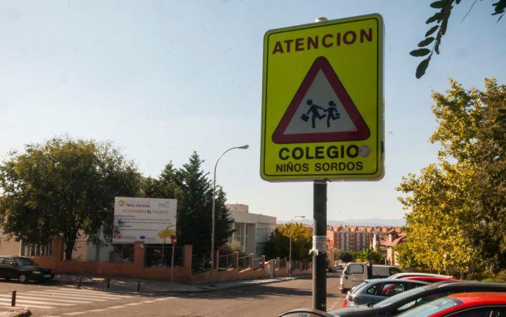 Arranca el curso sin intérpretes de lengua de signos en los centros