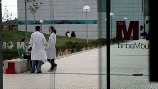 Nueve sanitarios del Hospital Puerta de Hierro, intoxicados leves tras comer pasta en la cafetería