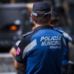 Detenido por grabar las partes íntimas de varias mujeres en Aluche