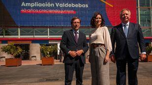 José Luis Martínez-Almeida, alcalde de Madrid, Isabel Díaz Ayuso, presidenta de la Comunidad, y Clemente González Soler, presidente ejecutivo de Ifema.