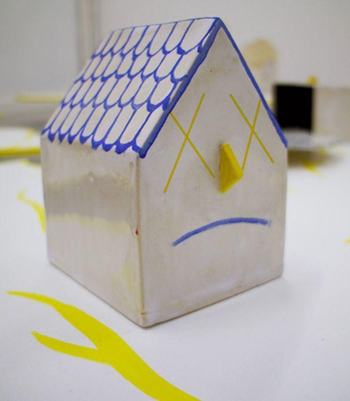 Busco piso en esta zona: una exposición para reflexionar sobre el papel de la vivienda
