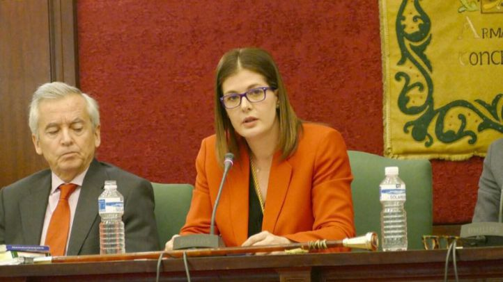 La alcaldesa de Móstoles cesa a su hermana como responsable de redes sociales