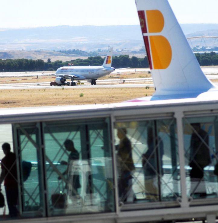 Regulación de aterrizajes en Barajas por el empeoramiento del temporal