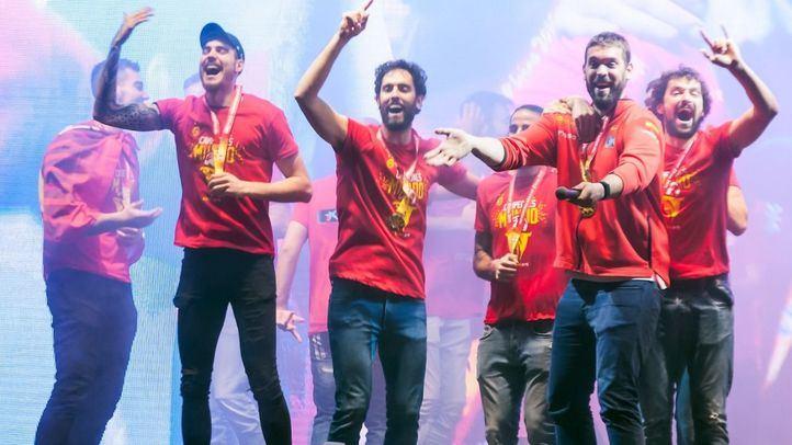 Así fue la celebración del equipo español a su llegada a Madrid.