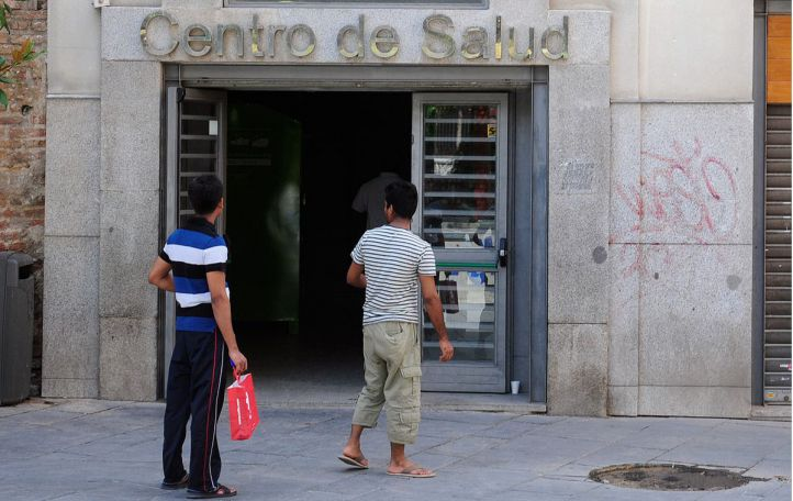 Lavapies centro de Salud, inmigrantes a la puerta