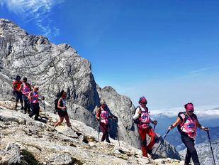 Las seis mujeres partirán en unos días rumbo de los Andes bolivianos.