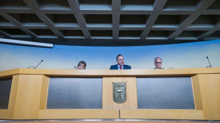 El portavoz de Vox. en el ayuntamiento de la capital Javier Ortega  Smith realia un  balance de los primeros 100mdias de la corporación