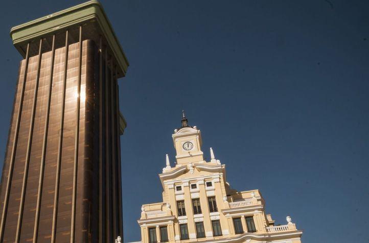 Exposición en El Centro Cultural de la  Villa de. 50 años de la construcción de las torres de la Paz. de Colon.