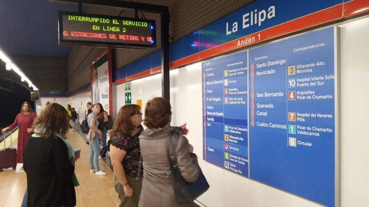 Restablecido el servicio en la Línea 2 de Metro, interrumpido por una avería