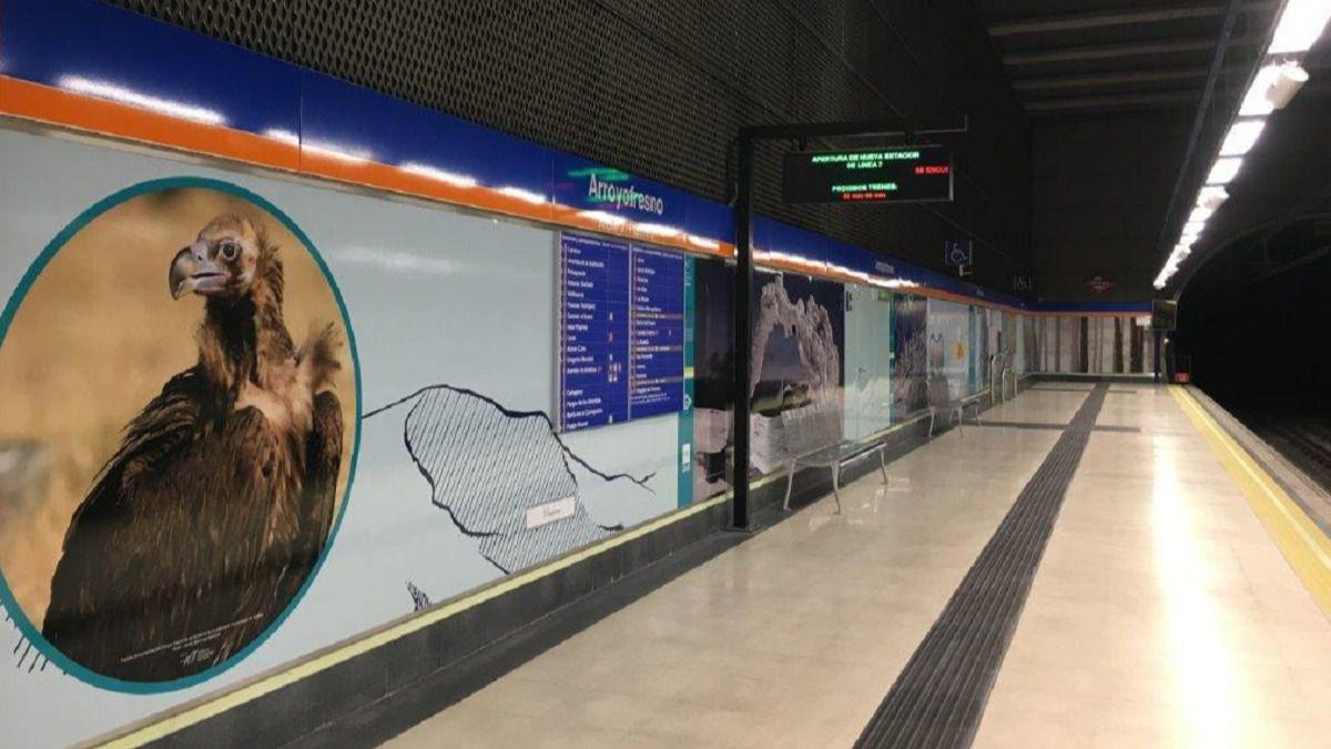 Uno de los paneles temáticos del metro de Arroyofresno