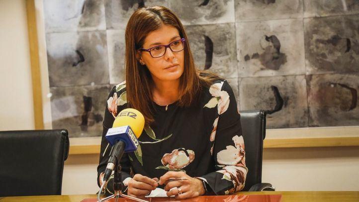 El Ayuntamiento niega haber colocado a una expareja de la alcaldesa en un puesto municipal