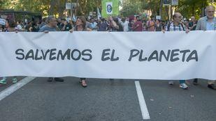 Miles de personas claman ante la emergencia climática en Madrid