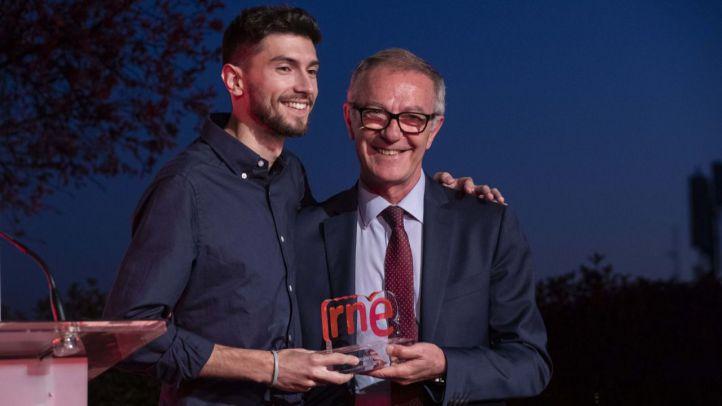 Javier Temprado recoge el XI Premio de Poesía Joven de RNE y la Fundación Montemadrid