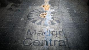 Señalización de Madrid Central en mal estado.
