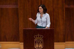 Isabel Díaz Ayuso regresa por primera vez a la Asamblea tras su investidura sin el apoyo incondicional de Cs y Vox
