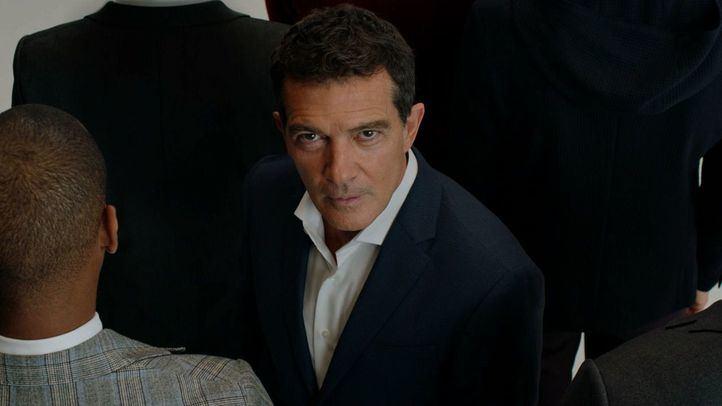 Fotograma de la campaña, con Antonio Banderas como protagonista.