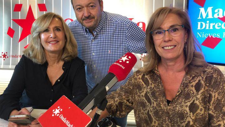 Nieves Herrero y Constantino Mediavilla entrevistando a la alcaldesa de El molar, Yolanda Sanz