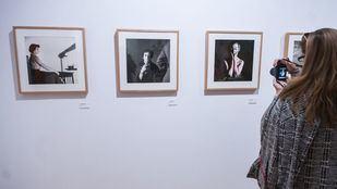 La exposición sobre la vida de Carlos Saura podrá verse en el Círculo de Bellas Artes hasta el 12 de enero.