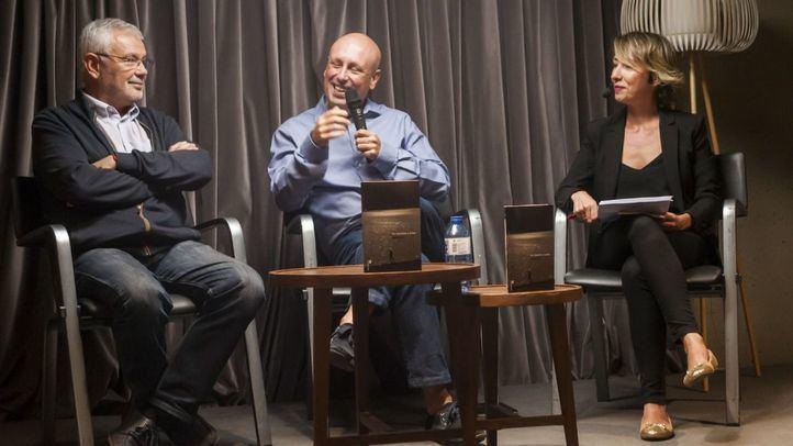 Presentación del libro de David Salvo  junto a la directora de Madridiario, María Cano.