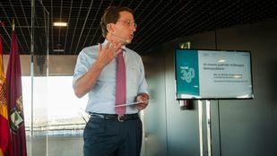 José Luis Martínez-Almeida, alcalde de la capital, presenta Madrid 360, la nueva estrategia del Ayuntamiento contra la contaminación.