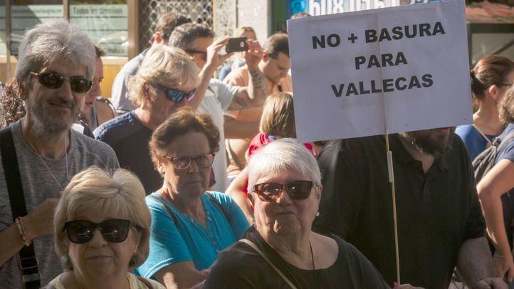 Manifestación en Vallecas para que Valdemingómez no acoja la basura del vertedero de Alcalá.