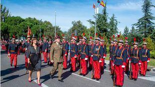 Acto de homenaje a la bandera en Pozuelo, al que asistió la alcaldesa Susana Pérez Quislant