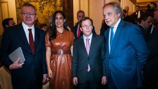 El exalcalde Alberto Ruiz-Gallardón, la vicealcaldesa Begoña Villacís, el regidor José Luis Martínez-Almeida, y el empresario Hilario Alfaro.