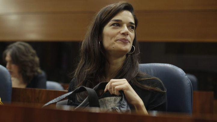 La portavoz de Unidas Podemos ha tildado de 'mala noticia' la dimisión de su hermana.