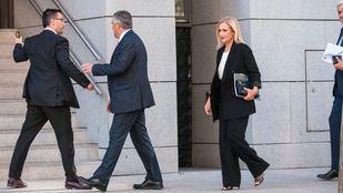 La expresidenta de la Comunidad de Madrid, Cristina Cifuentes, llega a la Audiencia Nacional.