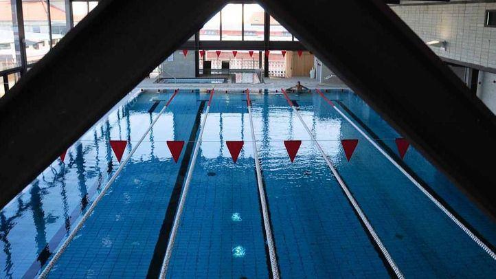 Los vecinos también han visto limitado sus horas de disfrute en la piscina.