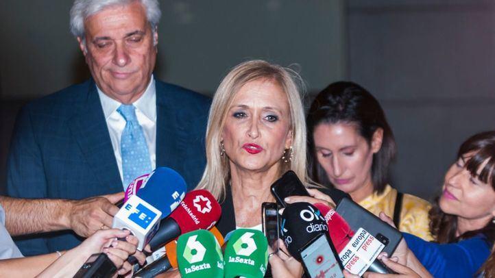 Cifuentes elude responsabilidades y se desmarca de la 'Púnica' y de Aguirre