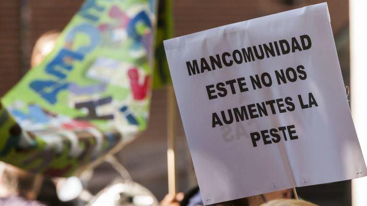 Protesta vecinal contra el traslado de los residuos de la Mancomunidad del Este a Valdemingómez.