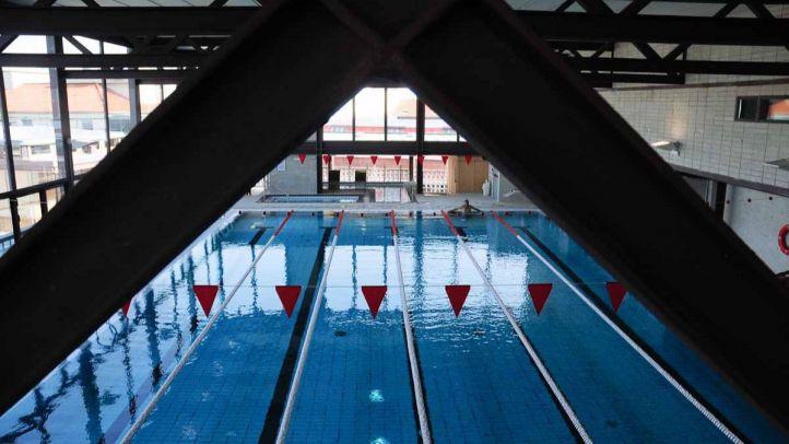 El Ayuntamiento deja nueve meses sin socorristas a dos clubes de natación