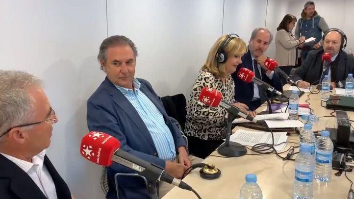 Nieves Herrero y Constantino Mediavilla junto José Martínez, Luis Suárez de Lezo