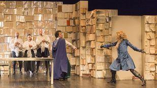 'Orlando', la adaptación teatral de la novela de Virginia Woolf por Teatro Defondo.