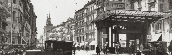 Acceso antiguo de la estación de Gran Vía en la calle Montera