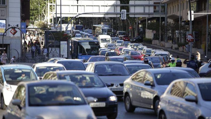 Caos circulatorio: la lluvia y los accidentes complican el tráfico