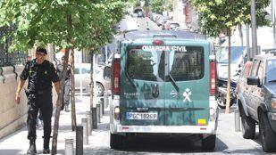 Cuatro detenidos en una operación contra la organización que robó en viviendas de futbolistas.