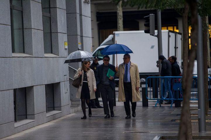 González exculpa a Esperanza Aguirre de contratar empresas de Púnica para financiar al PP