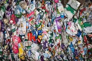 Un paseo por la planta de reciclaje más eficiente de Madrid