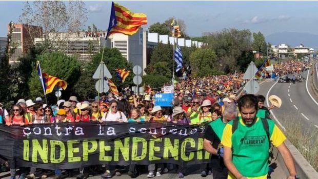 Cataluña vive un duro viernes de huelga general
