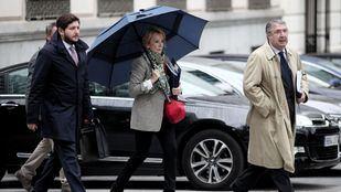 Aguirre se desmarca de la 'caja B' del PP de Madrid