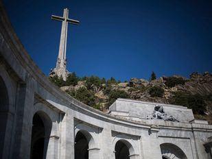 La maquinaria ha llegado al Valle de los Caídos para la exhumación de Franco