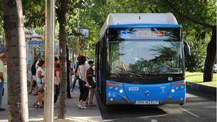Servicio especial de autobuses de la EMT entre Atocha y Nuevos Ministerios.