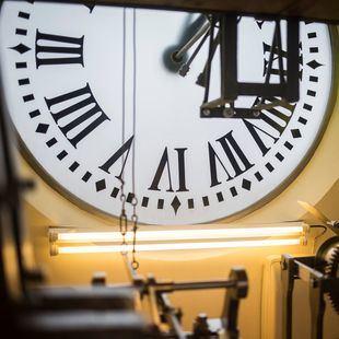Cambio de hora: el domingo 27 se duerme una hora más
