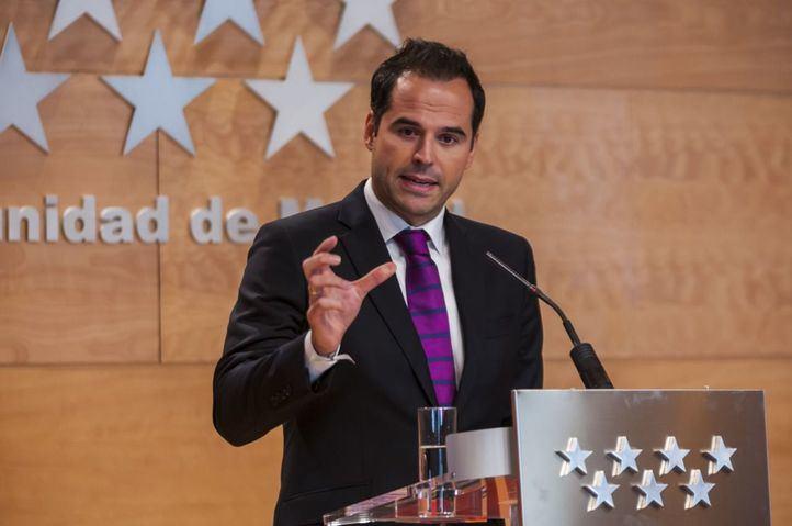 Aguado ha avanzado el inicio de los trámites para crear la figura del Denunciante de Corrupción
