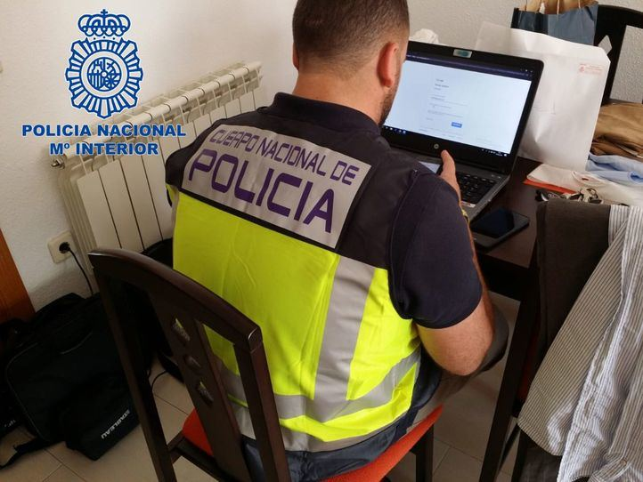 Efectivo de la Policía Nacional